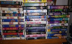 LOT 61 WALT DISNEY VHS OTHER MOVIE CLAMSHELL CLASSIC MASTERPIECE
