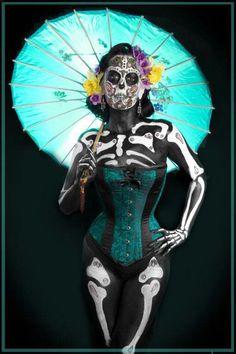 Muy hermoso disfraz de día de muertos Precioso!! Slvh