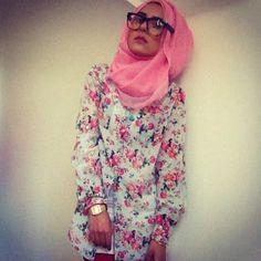 Dina Tokio hijabi style