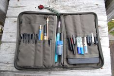 TRAVEL STATIONERY KIT