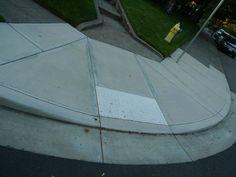 Para mim um dos mais eficientes modelos de rampa de acessibilidade.