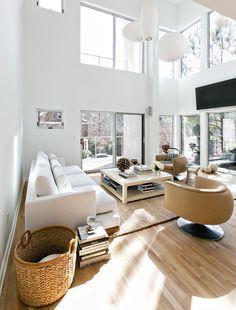 Sharp-Modern-Serenbe_LivingRoom