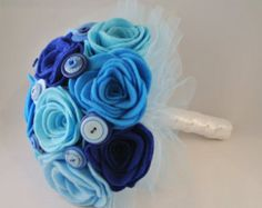 Blue Felt Flower Wedding Bouquet Alternative di MissMcLellanMakes