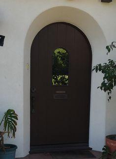 Arched Front Door, Exterior Doors, Living Room Designs, Outdoor Gates, External Doors, Decorating Living Rooms