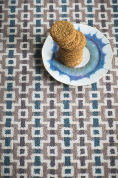 LR_lifestyle_carpet_designer_margo_selby_7200_Quirky_B_Wool_Shuttle_Jack_3