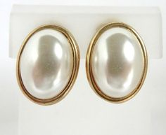 Vintage Faux Pearl Gold Tone Clip on Earrings by LeesVintageJewels