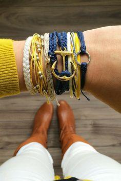 Handmade bracelets made in Costa Rica by Pura Vida.