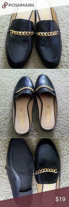 Unisa flat slides size 8M Unisa black slides size 8M new no box or tags Unisa Shoes Flats & Loafers