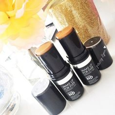 Different Types of Makeup Foundation Cream Makeup Foundation Easy Diy Makeup, Diy Makeup Storage, Simple Makeup, Makeup Organization, Natural Makeup, Simple Eyeshadow, How To Apply Eyeshadow, How To Apply Makeup, Makeup Tutorial Foundation