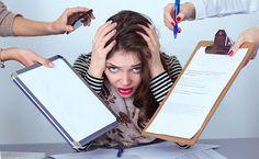 Stress bereitet den Körper auf eine Situation vor, in der ihm besondere Leistungen abverlangt werden. Diese Reaktion auf ein Ereignis von außen wird über das Limbische System und den Hypothalamus im Gehirn gesteuert.