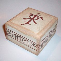 My Precious Keepsake Box:  this little trinket box is ideal for keeping precious things safe. Hand painted to resemble old and weathered wood, this box is decorated on three sides with dwarven runes and on the lid with Tolkien's monogram. (£7.00, includes shipping)
