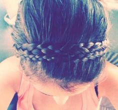 Double headband braid..so want to learn oh to do this!