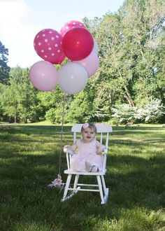Outdoor 1st Birthday pictures #Pink #firstbirthday #pictures #pinkombre