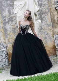 Long Sweetheart Black Silver Corset Style Beaded Ball GownSherri Hill 32078 Black Silver Ball Gown