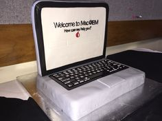 Apple MacBook cake Ibm, Macbook, Apple, Cake, Apple Fruit, Kuchen, Mac Book, Torte, Cookies