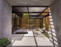 House 24 by Park + AssociatesArchitects #casalibrary #architecturelovers #livingroom #design #interiordesign #architecture #home #decor #kitchen #bathroom #garden #archilovers #designtrends #landscape #instadesign #designlovers #Singapore