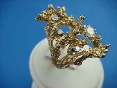 Forget the chicken nuggets when you can get gold nugget inspired rings like this! Supersize please!
