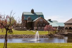 Hernder Estate Wines, Niagara Wedding venue, shot of the grounds, fountain and covered bridge.