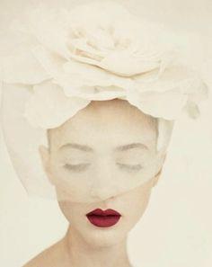 Une bouche comme une rose, 1950.