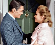 Still of Elizabeth Montgomery and Dick York in Bewitched...that sweet innocence...that couldn't be touched...you can see it in her face.