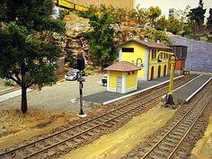 Maqueta ferrocarriles españoles. Escala H0m.