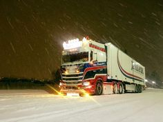 Big Rig Trucks, Semi Trucks, Cool Trucks, Scania V8, Road Train, Motorhome, Cars And Motorcycles, Techno, Vehicles
