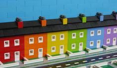 legolot: Lego Townhouses Pretty sure these are in the Castro of San Francisco. Disney Minecraft, Minecraft Stuff, Minecraft Ideas, Lego Stuff, Minecraft Blueprints, Minecraft Designs, Minecraft Buildings, House Blueprints, Lego Architecture