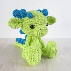 PATTERN: Sitting baby dragon