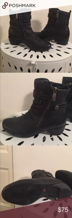 Blondo brand boots. Leather/ waterproof. New! Worn once! Excellent boot, soft leather and fur lined high end shoe. Waterproof too! Attractive zippers on both sides of boot. blondo Shoes Ankle Boots & Booties
