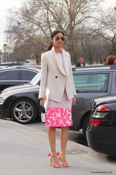 #CarolineIssa #FashionDirector of #becausemagazine at #parisfashionweek ... #style #streetlook #streetstyle #streetfashion #neonpink #styledumonde #nofilter #weloveit #fashion #tankmagazine #pfw #paris #popular #ootd #outfit #lookoftheday #look #photooftheday #bestoftheday #follow #CarolineIssaforLKBennett #heels