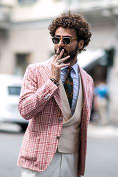 チェックジャケット×ダブルジレ×シャツ×柄ネクタイ | メンズファッションスナップ フリーク | 着こなしNo:118706