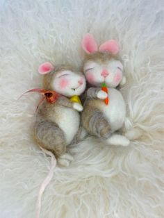 Needle Felted Animal Wool BUNNY Class in PDF files (Companion kit available and sold separately)