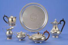Konvolut Sechs Teile Marken. Verschiedene Feingehalte, zus. 2816 g — Silber
