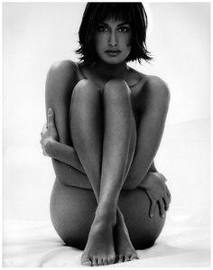 Yasmeen Ghauri, 1994
