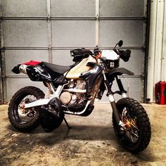 """After being torn apart for a little over 2 months I finally got my #xr650r #supermoto put back together. Sweet new headlight and dual sport kit from…"""