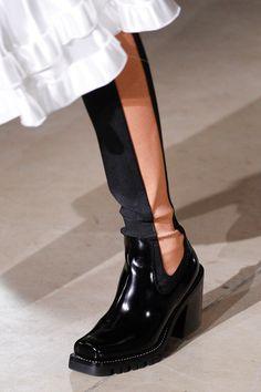 Louis Vuitton - Fall 2017 Ready-to-Wear