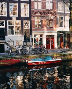 Sharing some photos and favorites from Amsterdam on the blog #jaktravels