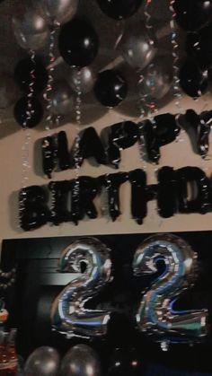 21st Birthday Gifts For Boyfriend, Cute Boyfriend Gifts, Bff Birthday Gift, 22nd Birthday, Boyfriend Anniversary Gifts, Romantic Boyfriend Birthday Ideas, Birthday Surprise Ideas, Boyfriend Surprises, Birthday Surprises For Him