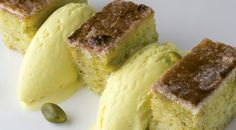 Torrija de pistachos, vainilla y leche con sorbete de coco #receta
