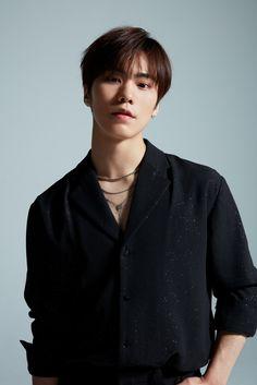 Listen to every Astro track @ Iomoio Jinyoung, Minhyuk, Cha Eun Woo, Rocky 3, Park Jin Woo, Astro Wallpaper, Lee Dong Min, Astro Fandom Name, Boyfriends