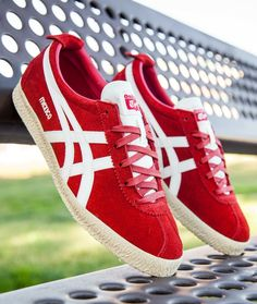 Onitsuka Tiger Mexico 66 Delegation: Red