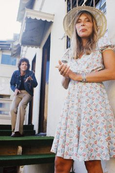 lilyandthejackofarts:    Snapshot of the Day  Joni Mitchell and David Blue, 1973. Photo by Henry Diltz.