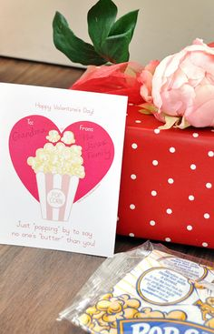 Love this free Valentine popcorn printable. It's a great idea for any age Valentine and so easy to put together.