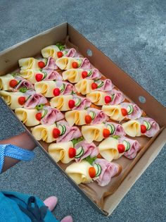best of tapas , catering from trencin Party Trays, Catering Food, Holidays And Events, Tapas, Sandwiches, Brunch, Appetizers, Food And Drink, Snacks
