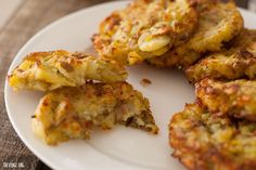 Homemade hash browns are a million times tastier and healthier than the store-bought, processed vers. Gluten Free Vegetarian Recipes, Gf Recipes, Delicious Vegan Recipes, Vegan Gluten Free, Cooking Recipes, Healthy Recipes, Free Recipes, Paleo, Potato Recipes