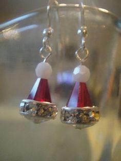 40 Cute Christmas Jewelry Ideas: Swarovski Crystal Santa hat earrings by on Etsy Wire Jewelry, Jewelry Crafts, Beaded Jewelry, Jewelry Ideas, Jewlery, Etsy Jewelry, Silver Jewelry, Beaded Earrings, Earrings Handmade