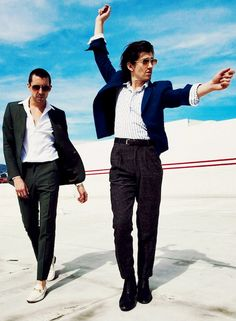 The Last Shadow Puppets feature on the cover of the latest issue of UK magazine, Foxes - as photographed by their pal, Zackery Michael - during which they rock their signature suited-up style. Monkey Puppet, Monkey 3, Alex Turner, Arctic Monkeys Lyrics, The Last Shadow Puppets, Indie, Gal Pal, Videos Funny, Music Is Life