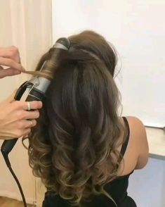 59 pretty prom hairstyle ideas for curly long hair 1 – hariankoransuara – - All For Bridal Hair Hair Up Styles, Long Hair Wedding Styles, Wedding Curls, Hairstyle Wedding, Style Hair, Trendy Wedding, Curls For Long Hair, Long Curly Hair, Big Waves Hair