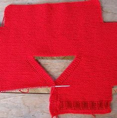 tutorial chaqueta de bebé, baby cardian, español-english Men Sweater, Pullover, Knitting, Crochet, Sweaters, Diy, Fashion, Templates, Bib And Brace Overalls