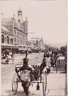 West Street – Durban – A Pictorial History Johannesburg City, Durban South Africa, Kwazulu Natal, Historical Pictures, African History, Beautiful Places To Visit, Historical Society, Beach Fun, Old Pictures